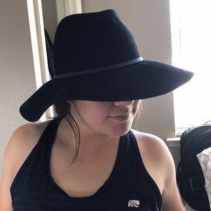 Accessories - Fedora wide brim hat black
